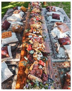 Party Food Platters, Cheese Platters, Cheese Table, Dream Wedding, Wedding Day, Wedding Reception Food, Wedding Catering, Diy Wedding, Charcuterie And Cheese Board