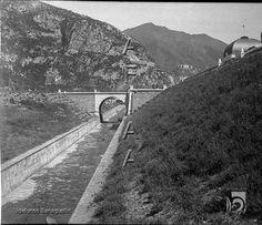 Estación Internacional de Canfranc. Canalización del río Aragón y puente de acceso a la estación 1925 DARA :: Detalle de Registro