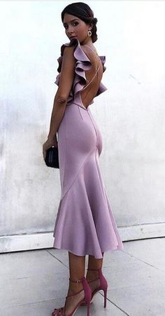 Buy Mermaid Bateau Criss Cross Lavender Cocktail Party Dress with Ruffles in the online store – Mode für Frauen Elegant Dresses, Pretty Dresses, Beautiful Dresses, Club Dresses, Prom Dresses, Formal Dresses, Backless Dresses, Bandage Dresses, Dresses Dresses