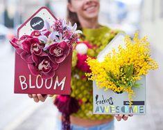 """Чистый Bloom и немного фантазии Свободные коробочки с мимозой и орхидеей у нас в наличии✨ Все вопросы по стоимости и составу, направляйте, пожалуйста в direct Обсудить и оформить предварительный заказ вы также можете любым удобным для вас способом: Кнопка """"Связаться"""" в шапке нашего профиля. +375 29 115 23 23/ Viber/ WhatsApp order@kiosque.by ☕️ ул. Городской вал 12/2"""