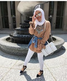 hijab outfit- tan sweater with statement necklace - white jeans