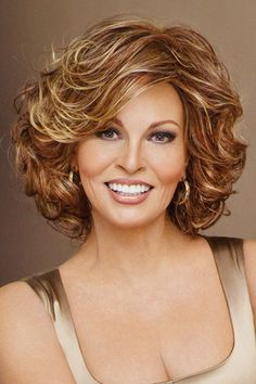 hair style for interview 16 must try shoulder length hairstyles for faces 9362 | d170fe9362c1d6259ce2de7add9d38ff feathered bob raquel welch wigs
