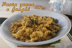 Pasta di ceci con zucca e funghi #senzaglutine e #vegan  http://senzaebuono.altervista.org/pasta-zucca-e-funghi/