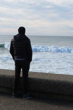 Vue sur l'horizon, Plage de la Chambre d'Amour, Anglet Blog Voyage, Winter Jackets, Basque Country, The Beach, Winter Coats, Winter Vest Outfits