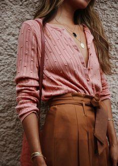 Minimalist Fashion - My Minimalist Living Look Fashion, Winter Fashion, Fashion Outfits, Womens Fashion, Fashion Clothes, Fashion Quiz, Classy Fashion, 80s Fashion, French Fashion