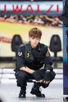 Korean Drama Songs, Korean Drama List, Chinese Babies, Chinese Man, Bts Dogs, Tao Exo, Huang Zi Tao, Exo Couple, Rapper