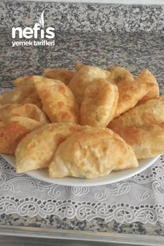 Great Recipes, Snack Recipes, Cooking Recipes, Favorite Recipes, Snacks, Bread Dough Recipe, Chocolate Garnishes, Food Words, Breakfast Items
