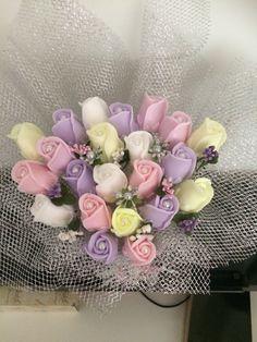 Sabundan güller 45₺ Soap Cake, Soap Carving, Home Made Soap, Handmade Soaps, Pansies, Diy And Crafts, Floral Wreath, Homemade, Creative