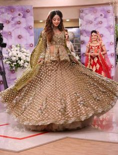 a12d921f40b73 Image result for indian wedding dresses 2018 - 2019 | Indian Wedding ...