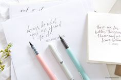 Jessica from Coco & Mingo has a very unique, flowing hand lettering style which is very consistent, very fine with varying thicknesses of the classy Jet Pens & Zuretake Zig Cocolro Pens! Her design is beautiful & has a light-hearted, authentic feel to it!