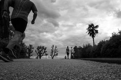 #fuji #fujilovers #xseries #x70 #siena #run #runner #justdoit #sport #street #rainy #nevergiveup #black #white #street #life