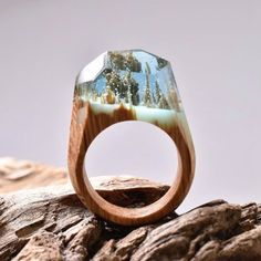 Hot Exquisite Secret Wood Rings with Miniature Landscapes in Resin Handmade Wood Ring for Women Jewelry
