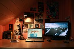 it's not a mac! and I like it even though the space is tight.