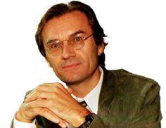 René Diekstra (Sneek, 20 juli 1946) is een van de meest productieve Nederlandse psychologen en auteur van tal van wetenschappelijke artikelen, veelgelezen boeken voor het grote publiek en ontwikkelaar van een aantal psychologische programma's voor beleid en welzijn...
