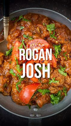Take a look at my lamb rogan josh recipe to recreate this takeaway favourite at ho - Slimming World Dinners, Slimming World Recipes Syn Free, Slimming World Fakeaway, Indian Food Recipes, Healthy Recipes, Pakistani Food Recipes, Indian Chicken Recipes, Healthy Baking, Slow Cooker Steak