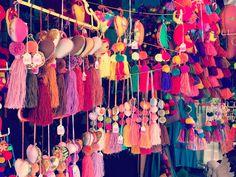 Donde hay colores... vámonos!  Festejo no México!           #NaFestejoCadaFestaÉÚnica!  Saiba mais em nosso site! . . #MexicoMagico #Colores #ArtesaniasMexicanas #MexicoLindoyQuerido #MexicoMiCasa #ExplorandoMexico #EntreCores#ComemoreComAFestejo #FestejeComAFestejo #FestaDeCrianca #FestaDeCriança #FestaInfantil #FestaPersonalizada #FestaEmCasa #PartyDecor #KidsParty #CompreDasMães #AquiTemMãeEmpreendedora #Maternativa #DioramaFestejoInBox #DesignerFestejoInbox #MenosÉMais #FeitoComAmor