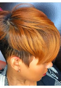 Seductive Honey Blonde Hairstyles to Inspire Your Next Look 77 Attractive Honey Blonde Hairstyles for African American Women Short Curly Weave Hairstyles, Blond Hairstyles, Short Black Hairstyles, My Hairstyle, Short Hair Cuts, Curly Hair Styles, Natural Hair Styles, Pixie Cuts, Hairstyle Ideas