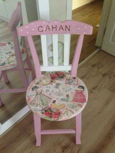 http://kekcafe.blogspot.com/2014/10/cahan-in-sandalyesi.html