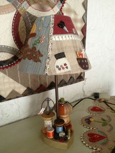 Country Crafts, Country Decor, Woodworking Projects, Sewing Projects, Lampshade Redo, Handmade Lampshades, Coin Couture, Sewing Room Decor, House Quilts