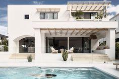 Dream Home Design, Modern Small House Design, Spanish House, Mediterranean Homes, Facade House, Dream House Plans, House Goals, Future House, Diy Blinds