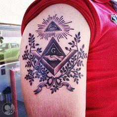 [www.tattoou.co.il :טאטו יו - כל מה שרצית לדעת על קעקועים] --- #Freemasonry #tattoo קעקוע הבונים החופשיים