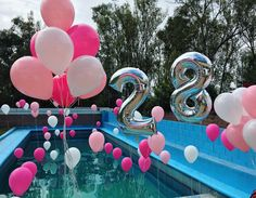 #globos #balloons #alberca #decoración #poolparty #party #pink (en Bosques Del Lago)