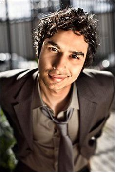 Kunal Nayyar born 20 April is a British Indian actor and writer known for his role as Rajesh Koothrappali in the CBS sitcom The Big Bang Theory. Johnny Galecki, Celebs, Celebrities, Big Bang Theory, Funny People, Celebrity Crush, Bigbang, Beautiful People, Gorgeous Guys
