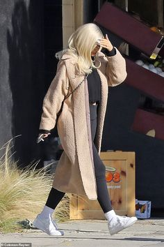 Kylie Jenner Style - Kylie Jenner's Best Looks And Outfits Robert Kardashian, Khloe Kardashian, Kardashian Kollection, Kendall Jenner Bikini, Kylie Jenner Outfits, Kylie Jenner Hairstyles, Kris Jenner, Kylie Jenner Mode, Looks Kylie Jenner