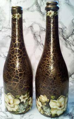 Resultado de imagem para how to fabric decoupage wine bottle Bottle Crafts, Decorated Bottles
