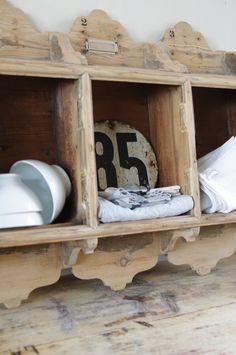 jolies découpes de bois sur le haut et le bas 3 modules chiffrés à combiner pour vos jolis rangements boite aux lettres en bois blond présence d...