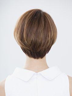 Short hair (back view)