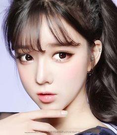 Image about now in ara by mmm on We Heart It Yoon Ara, Korean Make Up, Asian Makeup, Beauty Photos, Beautiful Asian Women, Female Portrait, Cute Woman, Girl Face, Pretty Face