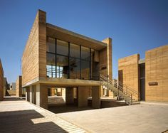 Oaxaca School of Plastic Arts by Mauricio Rocha - Earth Architecture
