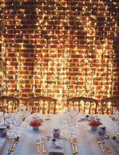 Deseo que mis luces estè romántica en el hall de mi recepción.