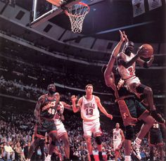 Mike Gets To The Basket, '96 Finals.