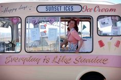 vintage camper ice cream business | so charming // I could see myself in there