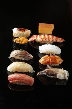 Dream sushi at dream prices Sushi Comida, Nigiri Sushi, Sashimi, Japanese Food Sushi, Sushi Love, Savarin, Ramen, Bento, Sushi Recipes