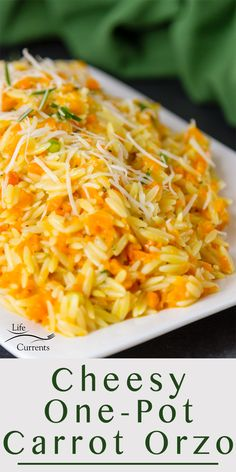 Cheesy One Pot Carrot Orzo Side Dish Recipe Thanksgiving sides dishes make ahead recipes favorite healthy easy vegetable unique for kids light vegetarian meatless simple vegan one pot quick cheesy orz Healthy Side Dishes, Vegetable Side Dishes, Side Dish Recipes, Vegetable Recipes, Vegetarian Recipes, Cooking Recipes, Healthy Recipes, Carrot Dishes, Carrot Recipes