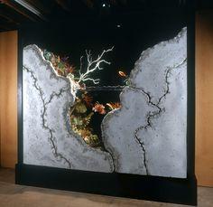Freestanding sculptural aquarium by Aqua Terra Studios