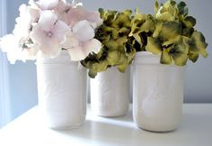 how to paint a mason jar with ten brilliant ways to dress up your jars + give them a fresh, modern look. Read on to find out how to paint a mason jar to . Mason Jar Vases, Bottles And Jars, Mason Jar Crafts, Glass Jars, Pots, Ball Jars, Decorated Jars, Painted Mason Jars, Canning Jars