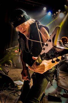 Michael Schenker on guitar