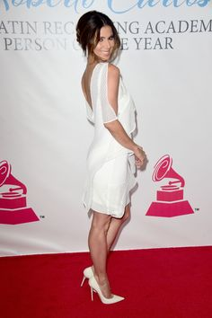 "dailyactress: ""Roselyn Sanchez – 2015 Latin GRAMMY Person Of The Year Honoring Roberto Carlos in Las Vegas "" Rosalyn Sanchez has nice legs in a little white dress and sexy stilettos Roslyn Sanchez, Celebrity Outfits, Celebrity Style, Classy Women, Sexy Women, Cute Dresses, Formal Dresses, Great Legs, Nice Legs"