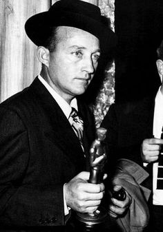 9/05/14  5:32a    The Academy Awards 1945 Bing Crosby  Best Actor Oscar for  ''Going My Way'' 1944 allenellenberger.com