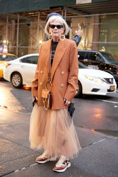 263 of the Best Street Style Looks From New York Fashion Wee.- 263 of the Best Street Style Looks From New York Fashion Week – Man Repeller - Nyc Street Style, European Street Style, Street Style Vintage, Street Style Looks, Looks Style, Men's Style, New Look Style, Best Style, Nyfw Style