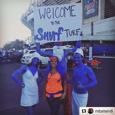 The Smurfs came out to the #BoiseState  game!  #Repost @mbstein8 Welcome to the Blue! Go Broncos! #besttimeoftheyear #collegegameday #ilovefootball #boisestatebroncos #boisestate #besttimeoftheyear #smurfturf