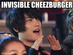 A hungry JaeJoong!!!