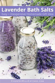 Lavender Crafts, Lavender Uses, Printable Labels, Free Printable, Homemade Gifts For Friends, Bath Salts Recipe, Lavender Bath Salts, Test Tubes, No Salt Recipes