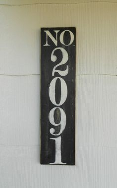 41 Cool Diy House Number Projects Design Ideas That Looks More Elegant Diy Signs, Home Signs, Solar House Numbers, Solar Mason Jars, Mason Jar Lighting, Plate Crafts, Plate Design, Cool Diy, Easy Diy