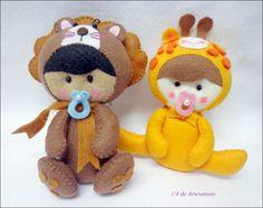 bebê leão e bebê girafa