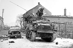 American forces recaptured the town of Wingen-sur-Moder after heavy fighting, 6 January 1945. #WW2